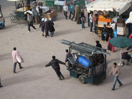place-jemaa-el-fna-charrette-2