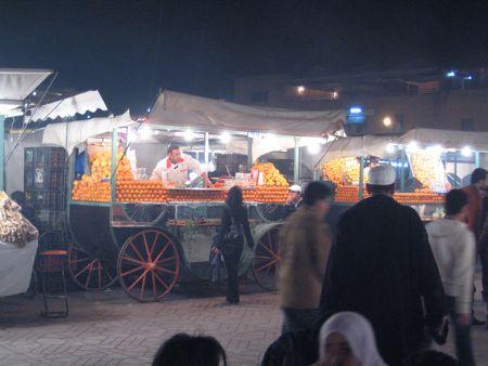 place-jemaa-el-fna-oranges